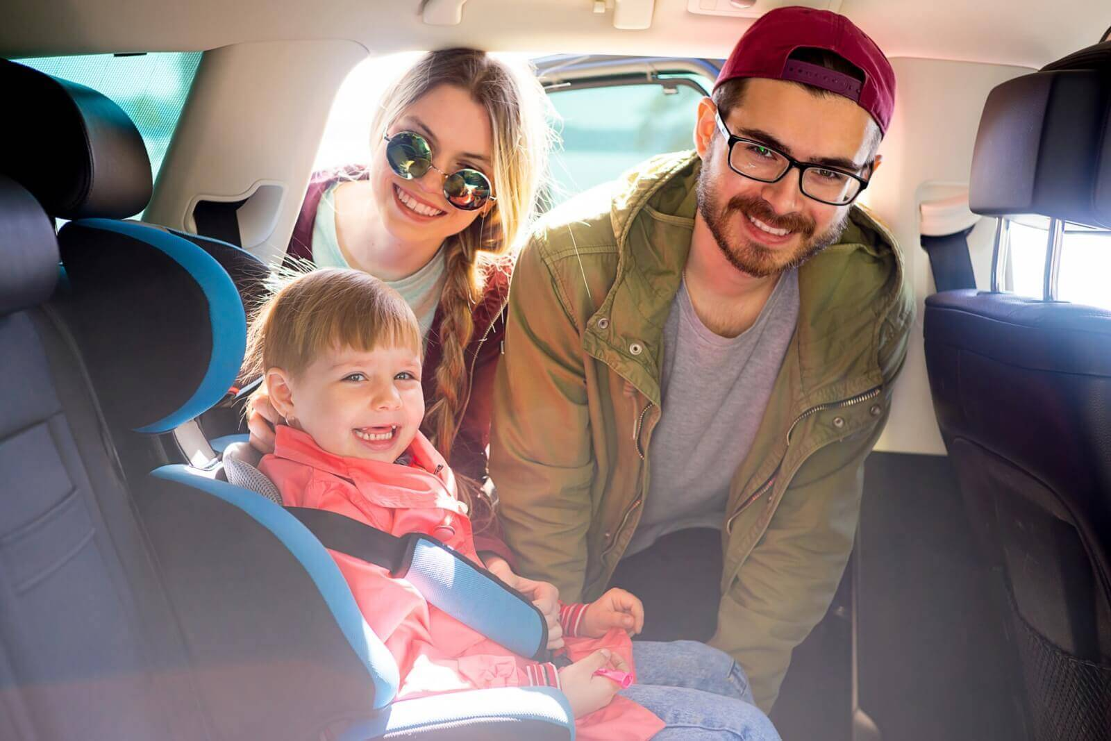 Best Car Seat For Small Cars-Hero Image
